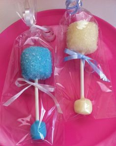 marshmallow rattle favors | Baby Shower Marshmallow Pops