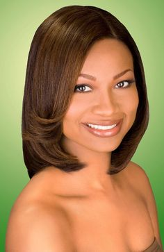 Love the color here.... it will look good with a summer tan. Natural Hairstyles for African American Women with Medium Hair