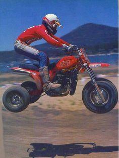 Honda atc 250r vintage racing