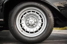 "Mercedes-Benz classic ""Bundt"" alloy wheels."