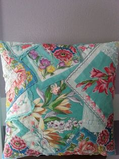 Hey, I found this really awesome Etsy listing at https://www.etsy.com/listing/190463974/crazy-quilt-vintage-hankie-pillow