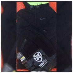 Nike Thermasphere Max Jacket - Black/Volt/Black/Black عكس ارسالى از آقای تلیکانی عزیز
