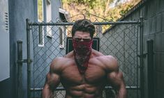 Muscle Gaining Secrets is an Elite Program for Beginners and Body Builders! This Program gives all the answers to Muscle Gaining and getting Shredded! Workout Motivation Music, Squat Motivation, Workout Music, Fitness Tips, Fitness Models, Fitness Tracker, Leg Workout Women, Traps Workout, Wellness Programs