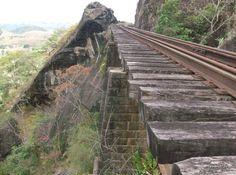 Trilhos da Leopoldina Railway foto de Roberto Sarti