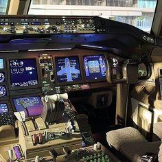 Etihad Airways B777 flightdeck @a_a_alawar