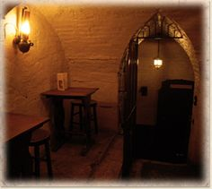 The cavernous rooms in Ye Old Cheshire Cheese, London.