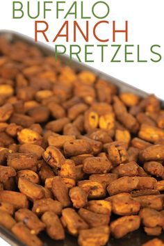 These buffalo ranch pretzels are so addicting you just can't get enough. These are perfect for your next get together or afternoon snack. Buffalo Pretzels, Ranch Pretzels, Food To Go, I Love Food, Good Food, Great Recipes, Snack Recipes, Pretzel Snacks, Buffalo Ranch