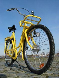 """Omafiets"" = dutch granny bike, from typicaldutchstuff.com"