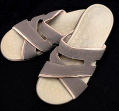 62e7833410ed88 Orthaheel Nevada Sandals Gray Nubuck Criss-Cross Slides Women s Size 8   Orthaheel  Slides
