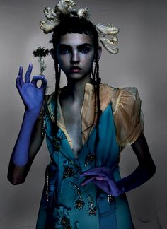 Molly Bair by Nick Knight for V #97 Fall 2015. Fashion editor: Amanda Harlech Hair stylist: Laura Dominique Makeup artist: Eamonn Hughes Manicurist: Michelle Humphrey