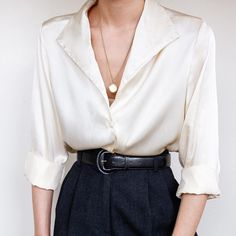 Image shared by Yeahme //ADHARA//. Find images and videos about girl, fashion and style on We Heart It - the app to get lost in what you love. Cute Comfy Outfits, Edgy Outfits, Classic Outfits, Cool Outfits, Workwear Fashion, Suit Fashion, Fashion Outfits, Girl Fashion, Cozy Fashion