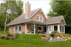 Looking for the perfect waterfront rustic cottage plan with 3 bedroom & fireplace ?  Take a look at this magnificent home ... http://ow.ly/y8M5o