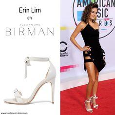 "Erin Lim en sandales ""Clarita"" signées Alexandre Birman au American Music Awards 2017 à Los Angeles"