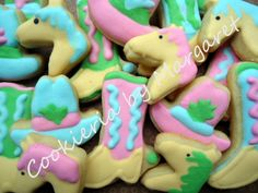 cowgirl cookies Cowgirl Party, Cowboy And Cowgirl, Cowgirl Cookies, Fun Recipes, Tex Mex, Cowgirls, Cookie Decorating, Sugar Cookies, Cowboys