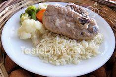 Αρνάκι λεμονάτο με ρύζι της Γιακουμίνας #lamb #rice #lemon #naxos #greece #greekisland #greekrecipe #tastedriver Mashed Potatoes, Grains, Rice, Ethnic Recipes, Food, Whipped Potatoes, Smash Potatoes, Meals, Yemek