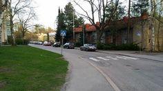 Historiakierros Pohjois-Haagassa Helsinki, Sidewalk, Historia, Side Walkway, Sidewalks, Pavement, Walkways