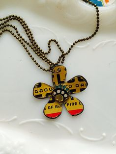 Tin Jewelry Necklace Graphic Flower 3 Tin for