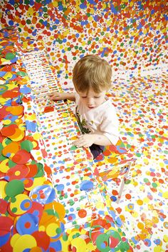 Piano Dots - Yayoi Kusama's 'The obliteration room' by Stuart Addelsee, via Flickr