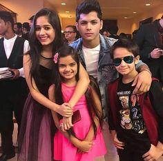 #Jannat #Ruhanika #Siddharth #Ayaan Child Actresses, Child Actors, Tv Actors, Actors & Actresses, Teen Celebrities, Celebs, Bff Poses, Musically Star, Star Kids