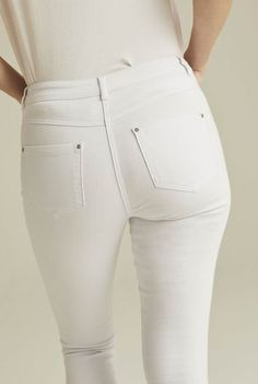 Tall High Waisted Jeans, Tall Jeans, Ripped Jeans, Women's Jeans, Best White Jeans, Best Jeans, Jeans For Tall Women, Long Tall Sally, Summer Denim