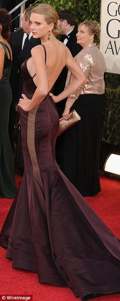 Taylor Swift in Donna Karan Atelier, Golden Globes 2013