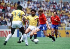 World Cup Finals Guadalajara Mexico June 1986 Brazil 1 v Spain 0 Spain's Emilio Butragueno is challenged by Brazil's Socrates for the ball Socrates, World Cup Final, Fifa World Cup, Finals, Brazil, Mexico, Challenges, Football, Running