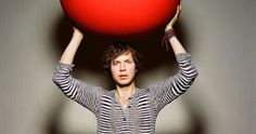 Beck sings for mothers!