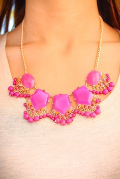 uoionline:  ♥Forever Glam Necklace♥
