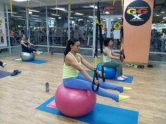 Entrenamiento de pilates en suspensión!   Twitter: @nilledsojo / Instagram: @nilled1050