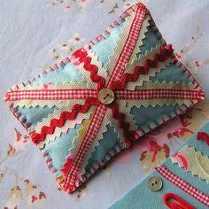 SEWING KIT - Union Jack Pin Cushion - Felt and Cath Kidston Fabric