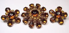 Judy Lee Topaz Brooch Earring Set Flower Design Citrine Rhinestones Gold Metal Designer Vintage