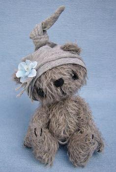 Teddy Bear handmade 'Vernon' artist bear ooak bear mohair
