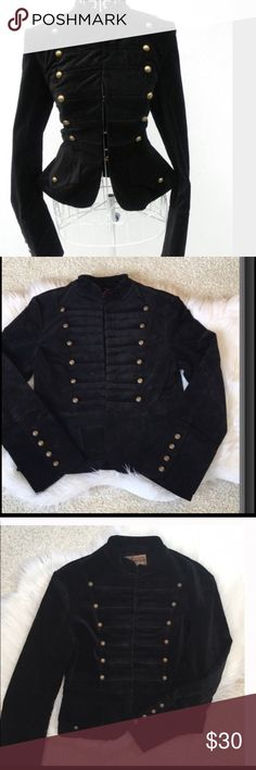 ✨HP✨Chic Military Jacket Brand new condition  Never worn  Tags attached   Material - 95% cotton 5% elastane   Velvet look and feel  🚫Trades boutique Jackets & Coats