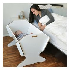 #culla per neonato in robusto cartone #riciclato. Keep your baby next to you!