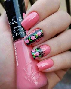 As unhas decoradas se tornaram mania nacional. Hoje é possível fazer diversos tipos de decoração devido às inúmeras técnicas utilizadas, que permite diversos efeitos nas unhas. Como hoje o mercado de ... Pretty Nail Colors, Diy Nail Designs, Beautiful Nail Designs, Pretty Nails For Summer, Nail Design Video, Latest Nail Art, Fabulous Nails, Gold Nails, Holiday Nails