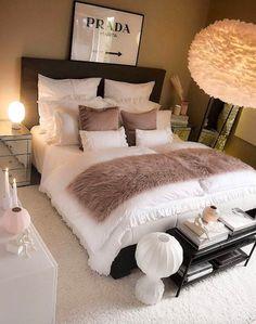 Room Design Bedroom, Room Ideas Bedroom, Home Decor Bedroom, Bedroom Bed, Dream Bedroom, Bedroom Decor For Teen Girls, Bedroom Ideas For Women In Their 20s, Stylish Bedroom, Modern Bedroom