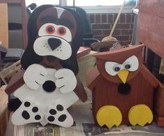 Puppy and owl birdhouses Bird House Feeder, Bird Feeders, Cool Bird Houses, Bird People, Birdhouse Designs, Bird House Kits, Bird Book, Crazy Bird, Wood Bird