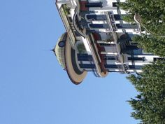 What a building! At Egnatia Str and Venizelou corner...