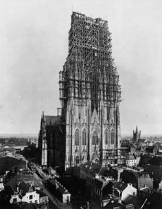 The construction of the Cologne Cathedral (Kölner Dom), Germany, 1880