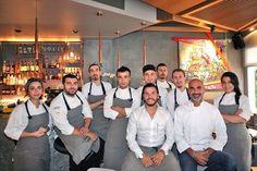 Yeni Karaköylü: Ops Passage Misafir Chef: Roberto Segura İstanbul Karaköy'ün başarılı cafelerinden Ops'un restoran yorumu olan Ops Passage, Fransız Geçidi'nde ağırlıyor müdavimlerini. Ops Passage, zengin menüsü, şık dekorasyonu, keyifli barı ve modern atmosferi ile İstanbul'un yeni gurme mekanlarından biri.