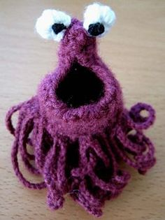 How to Crochet a Yip Yip Alien - months later checking out the instructions... FUCK THAT. it's tiny. i want a fucking huge, cuddley yip yip, i'm starting with 10 inches of stitches.