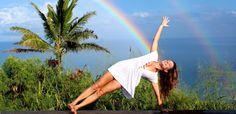 Viviamo a colori! Tantissimi auguri a tutte le donne 💞  #buongiorno #yoga #donne