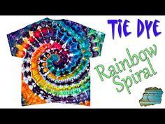Tie Dye Tips, Dyed Tips, Ice Tie Dye, Tye Dye, Diy Tie Dye Techniques, Tie Dye Crafts, Tie Dye Rainbow, Ice Dyeing, Tie Dye Shirts