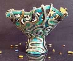 #raku #bowl #jellyfish #etsyitaliateam #sea #coral #turquoise #gold #silver #copper #green