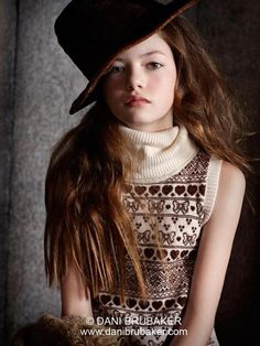 NEW Mackenzie Foy Photoshoot for Vogue Magazine. 2012