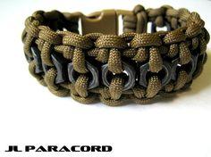 Brazalete de Paracord táctico tuerca hexagonal por JLParacordGear