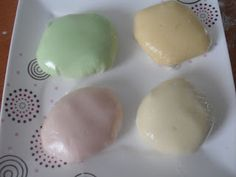 EN KOLAY JELİBONDAN ŞEKER HAMURU YAPILIŞI | Nazarca.com My Favorite Food, Favorite Recipes, Sugar Dough, Tasty, Yummy Food, New Cake, Jelly Beans, How To Make Cake, Marshmallows