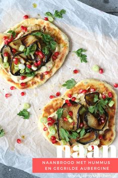 Pizza And More, Getting Hungry, Naan, Blur, Vegetable Pizza, Entrees, Detox, Vegetarian Recipes, Food Porn