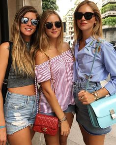 Afternoon in Milano with the sisters 😍 @valentinaferragni @fraferragni…