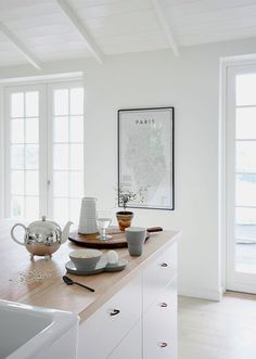 Some fresh kitchen inspiration for you today, this Nordic kitchen is bright, airy and so inviting. I can't resist a pitched roof and this ce. Nordic Kitchen, Scandinavian Kitchen, Scandinavian Design, New Kitchen, Scandinavian Interiors, Kitchen Ideas, Nordic Design, Nordic Style, Kitchen Interior